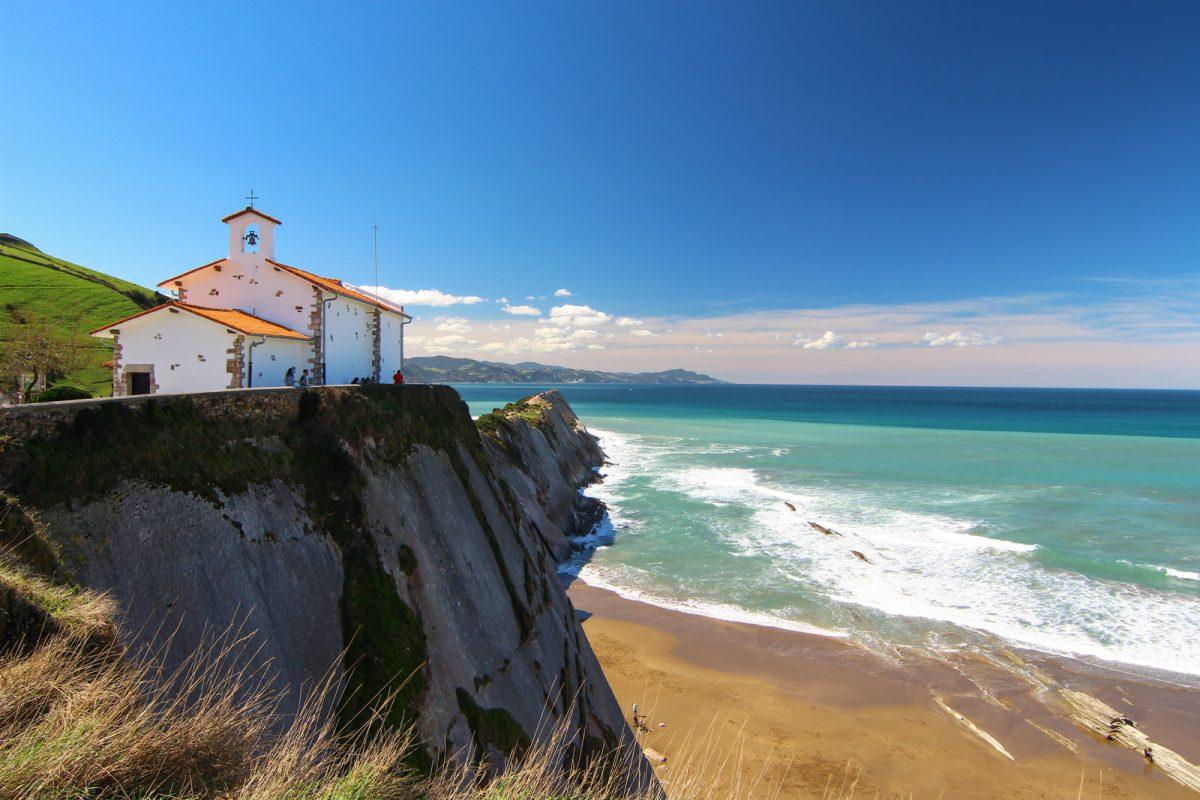 Quels sont les avantages de l'investissement immobilier au Pays Basque ?